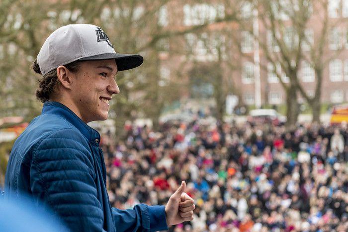 Frans hyllas i Ystad efter vinsten i Melodifestivalen.
