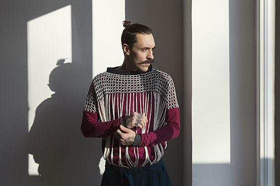 Babel - Fall Winter 2016 - graduate collection - Fashion Design Lisa Bender - European Identity - handmade macrame sweater - Photography Lina Zangers