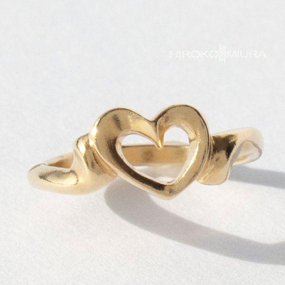 """Bague petit coeur """"Courage"""" spm Or jaune 18k Création HIROKO MIURA design, fait main mariage, fiançaille, alliance, bijou unique. hmp. japon"""
