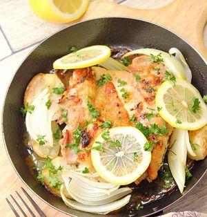 『鶏肉のガーリックレモンマリネでグリルチキン!』スキレットやグリルパンでおしゃれ度UP!