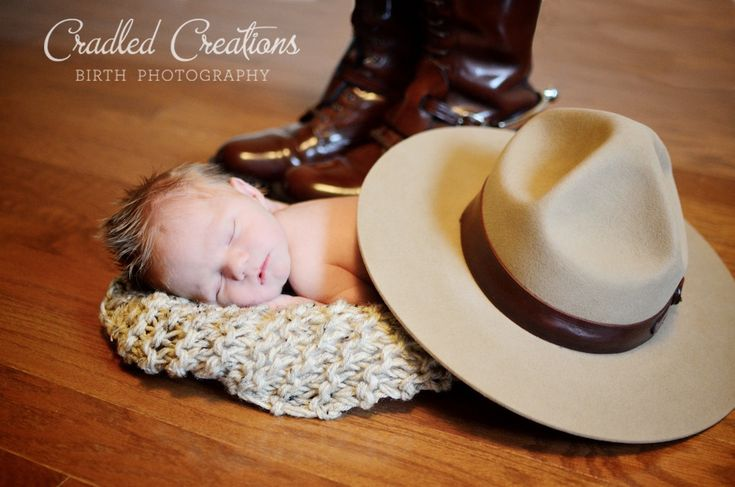 RCMP Baby: Mission Newborn Photographer - Birth and Newborn Photographer serving Abbotsford and Vancouver, BC, Canada. Doula CD(DONA)
