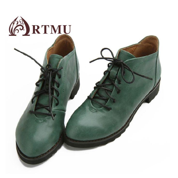 Кожаные ботинки на квадратном низком каблуке и шнуровкой на подъеме