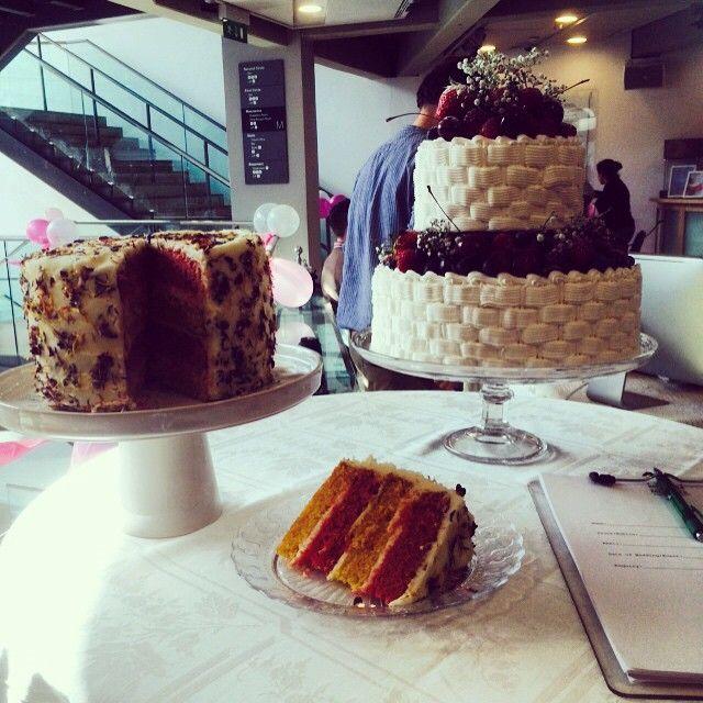 Basket-weaved #weddingcake from Pat-a-cake Pat-a-cake