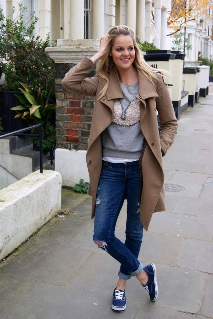 Casual Vans sneakers outfit