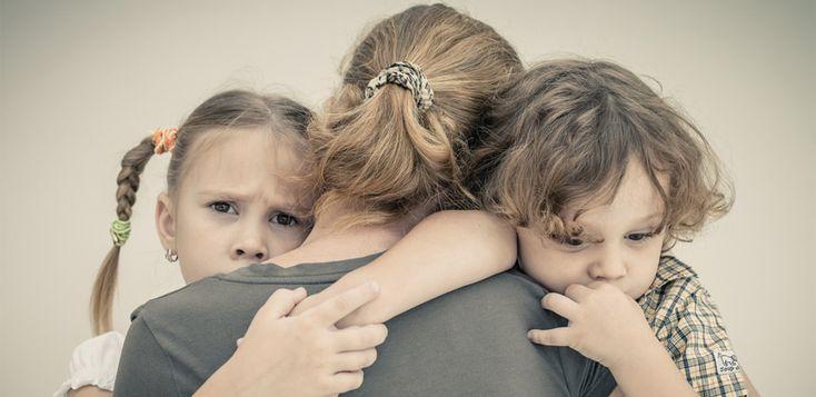 De ce ar trebui să ne îmbrățișăm copiii atunci când se comportă oribil