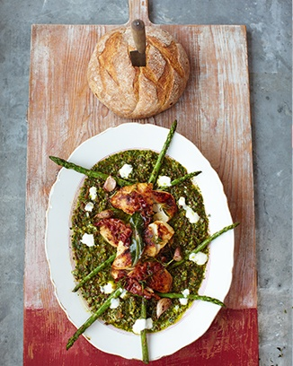 Jamie Oliver's 15 minute meals:  spiced chicken bacon, asparagus & spinach lentils  servings 4 | 616 calories