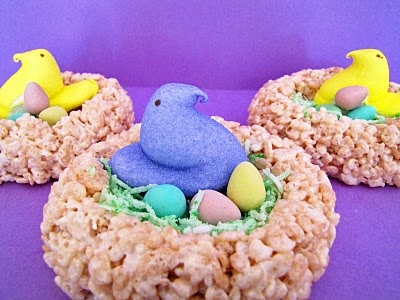 Peep Nest using rice crispy treatsEaster Parties, Peep Nests, Birds Nests, Holiday Fun, Krispie Treats, Easter Rice Crispy Treats, Easter Treats, Rice Krispie, Easter Ideas