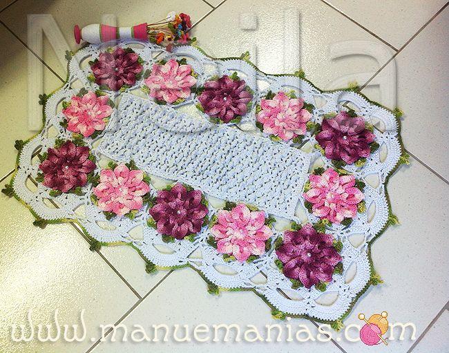 Tapete margaridas tapetes pinterest crochet for Rosa weiay gestreifte tapete