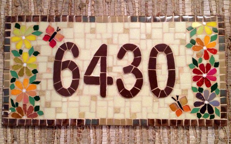Numero em mosaico, flores