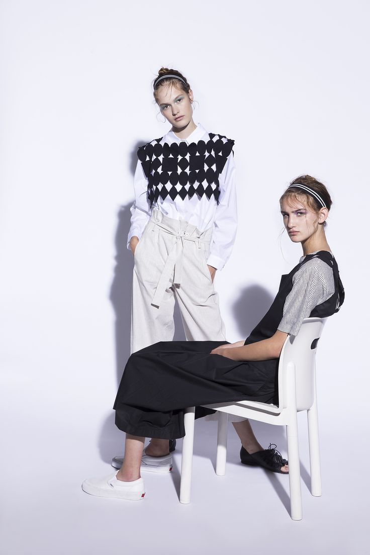 Discover TELA collection on our web site → www.tela9.com. #tela9 #tela9official #fashion #editorials #style