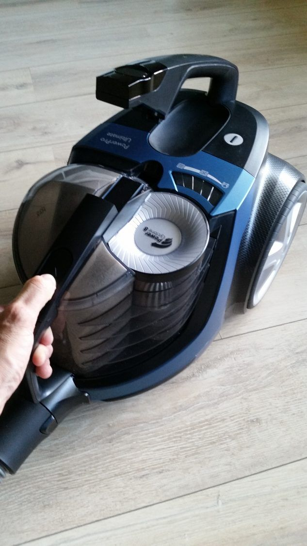 Check: Review: Philips Powerpro FC9932/09 (Stofzuiger)