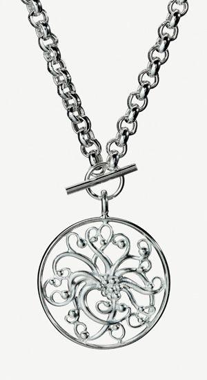 Paratiisi - Lumoava love this Finnish design necklace. Wow.