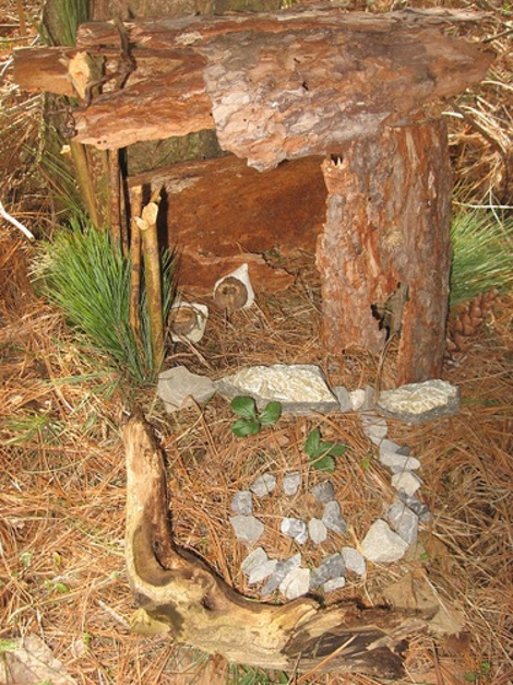 How to Make a Fairy House: A Fun, Free Outdoor Family Activity