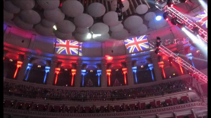 Jonathan Antoine (19) Finale Classical Spectacular: Lights Lazers etc No...