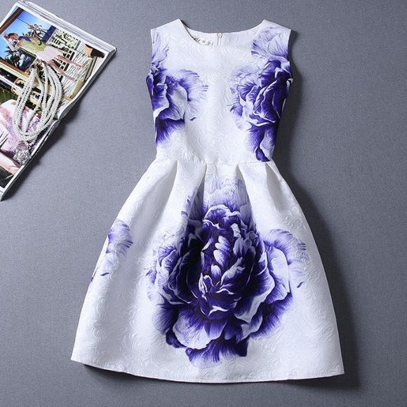 Purple flower summer dress Super gorgeous dress. Very cute! NWOT. Dresses Midi