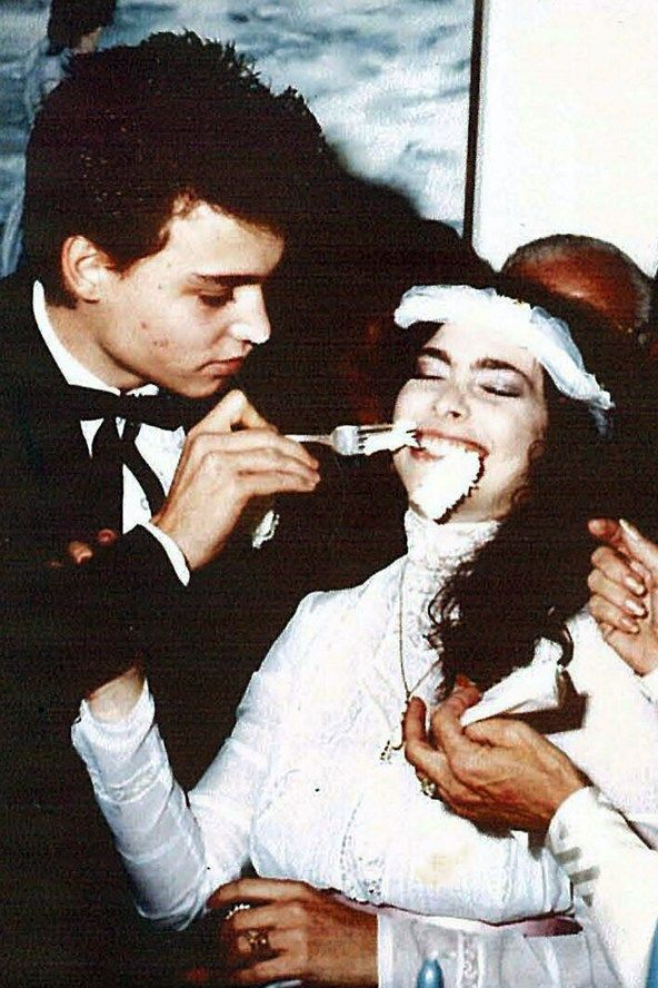 Johnny Depp & his wife, Lori Anne Allison, getting married