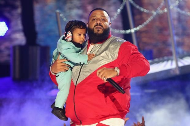 "DJ Khaled Brings Out  Chance The Rapper Lil Wayne Quavo and Asahd for ""I'm The One"" at BET Awards"