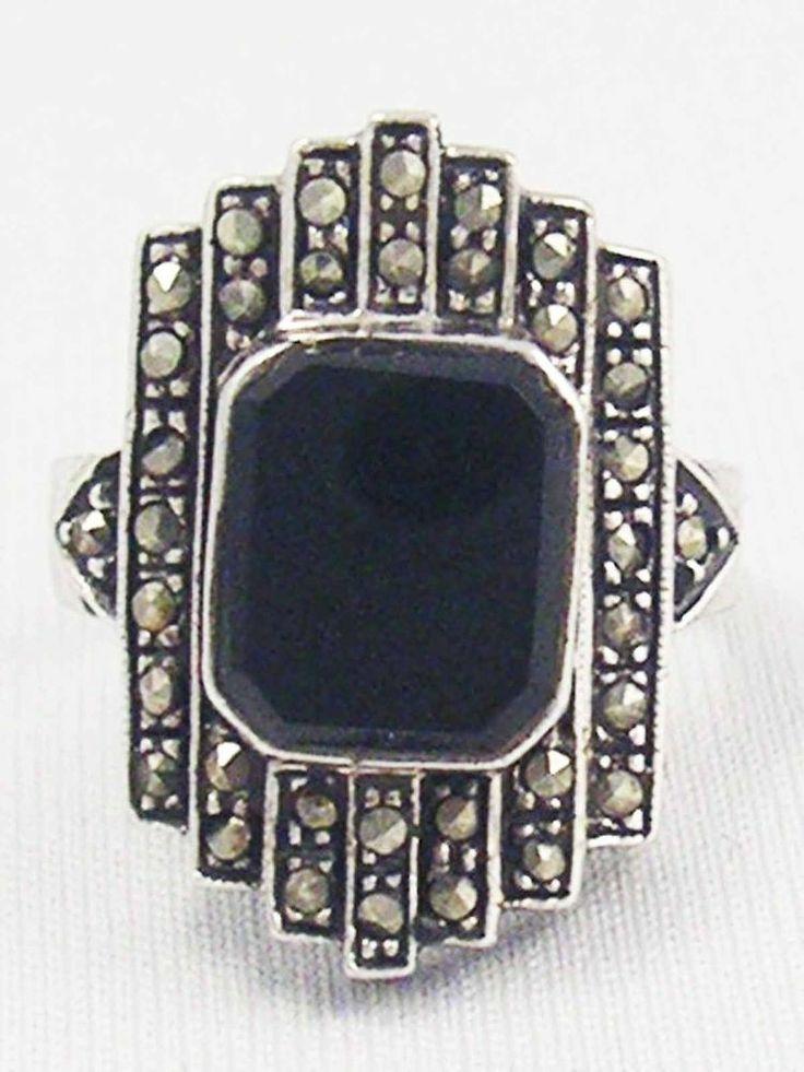 Vintage Sterling Silver ART DECO Black Onyx Gemstone Marcasite Ring 925