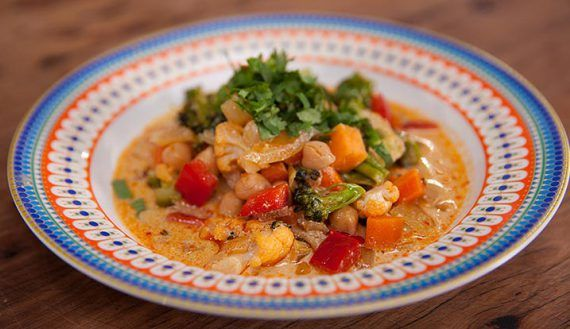 Quick Malaysian Vegetable Curry