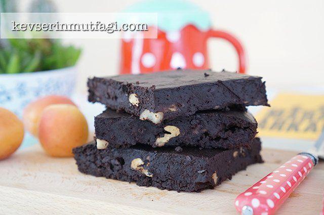 Unsuz Şekersiz Brownie Tarifi | Kevserin Mutfağı - Yemek Tarifleri