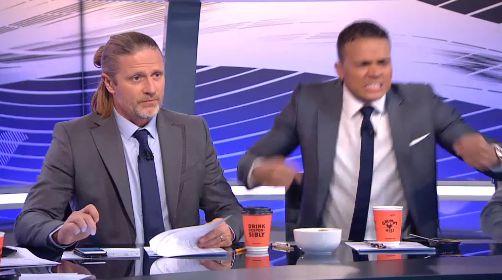 Emmanuel Petit & Jermaine Jenas goal celebrations during Spurs 2  Arsenal 2 (Video)