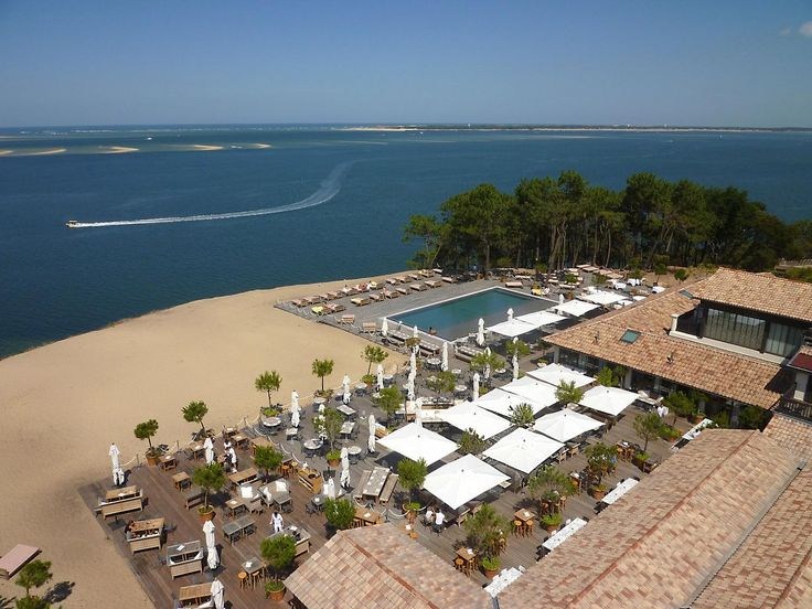 25 best ideas about pyla on pinterest pyla sur mer arcachon plage and vac - Restaurant starck arcachon ...