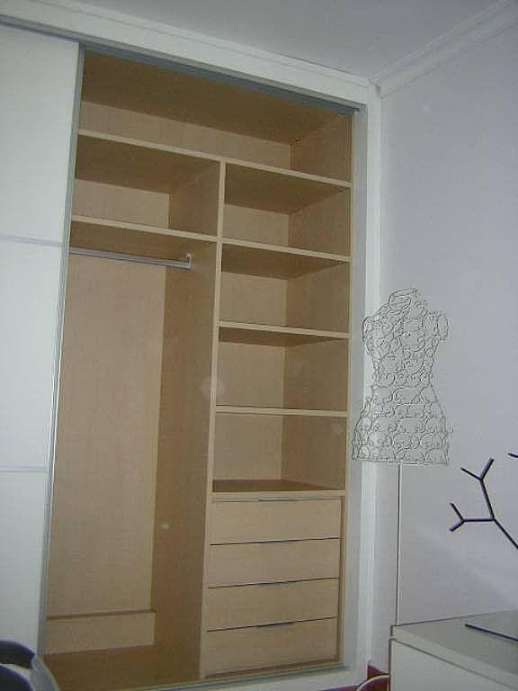 Modelos de armarios para dormitorios peque os buscar con for Closet para cuartos matrimoniales