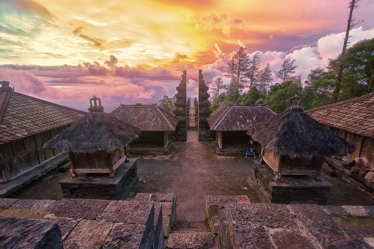 Wisata Solo Candi Cetho Dipercaya Sebagai Pusat Nusantara | arizonainformantnewspaper.com