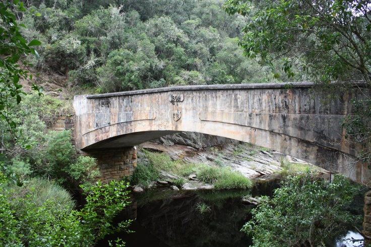 Seven passes road, the old Knysna road, It is a national monument, as is some of the bridges we crossed. It starts off as a narrow but stunningly beautiful pass with lots of tight turns and through a thickly forested area.