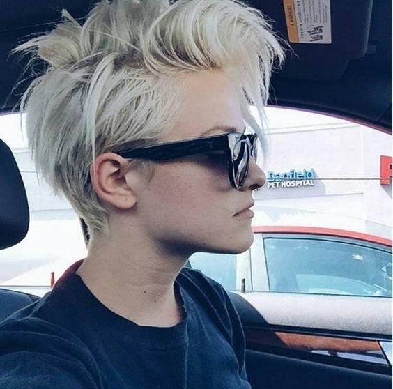 Hou jij juist van wat lichter in de komende donkere dagen? 14 blonde sexy korte kapsels die je moet zien!
