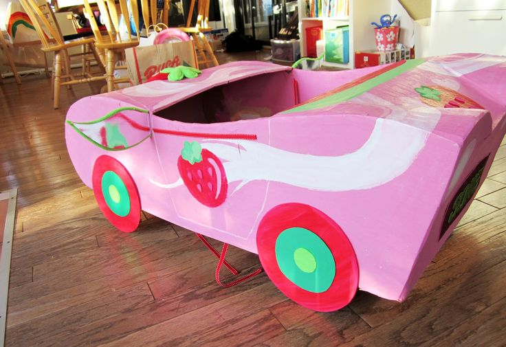 "Need to build a car?? No problem! Get the kids together and have some FUN! This was my friend's daughter's kindergarten ""transportation""..."