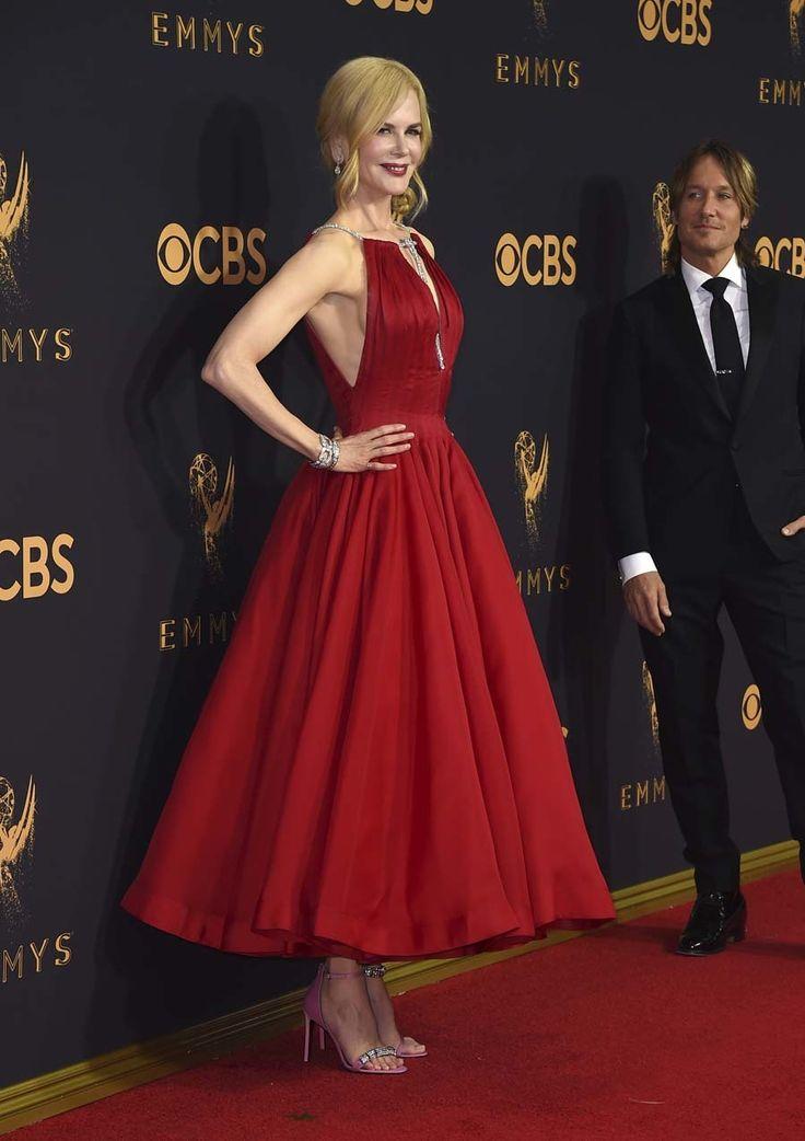 Nicole Kidman - Premios Emmy 2017 - Calvin Klein