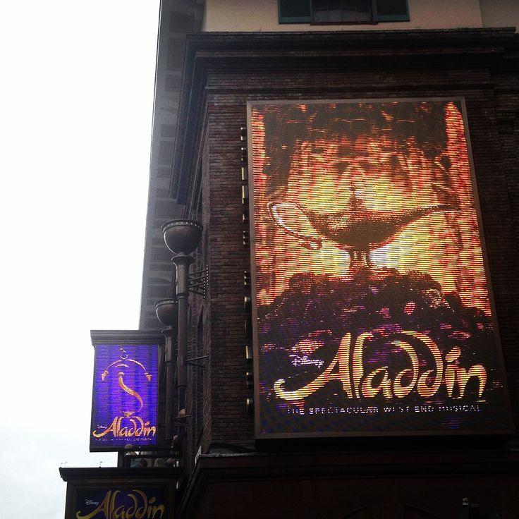 #aladdin #broadwayshows #westend #amazing #birthday #stunning #dream #love #theater #lucky #unexpectedgift #beautifulcostume #aladin #jasmine #disney #london���� http://misstagram.com/ipost/1570197113265109422/?code=BXKdfSLgrmu