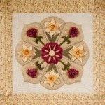 Pauline Ineson, beautiful flowers quilt block