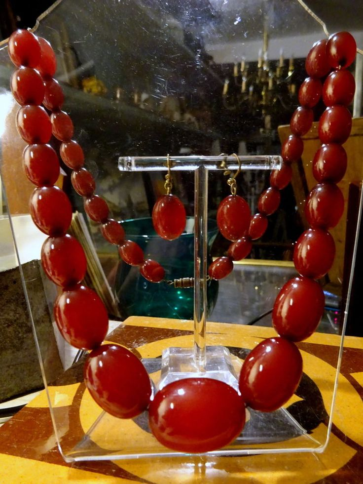 Vintage Art Deco Cherry Amber Bakelite Beads Necklace & Earrings 77.8 g Faturan
