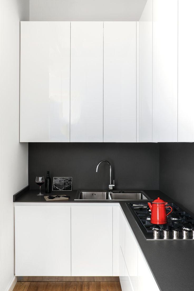 www.bianchifalegnameria.com Cucina Design, Bianco, Rovere e Acciaio. Kitchen Design White Oak and Steel.