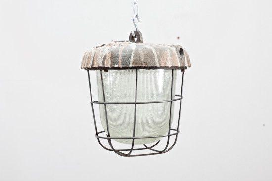 häkkivalaisin, valurauta tehdasvalaisin, teollisuusvalaisin, industrial lamppu, industrial, industrial tyyli, industrial huonekalut,…