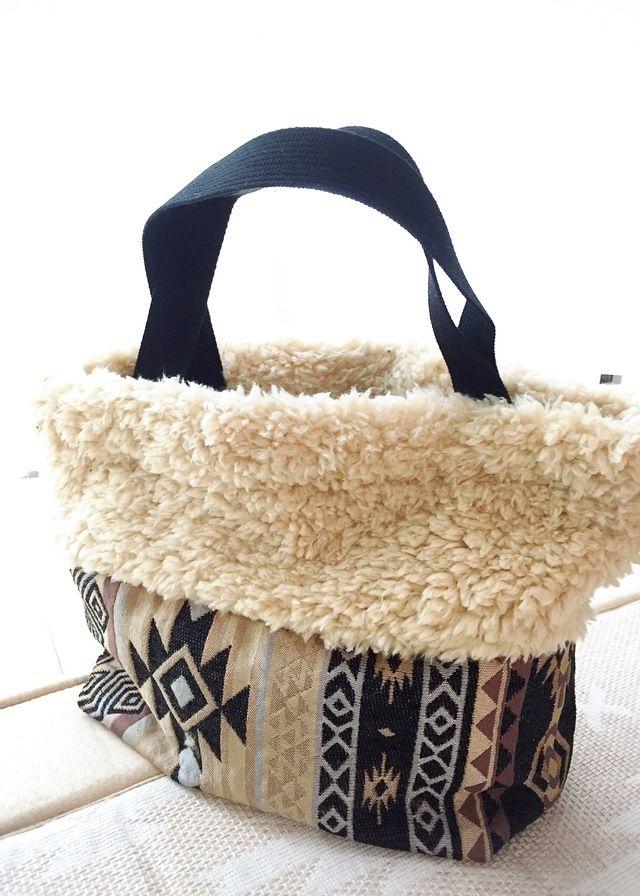 オルテガ柄とモコモコプードルファーのトートバッグ by Ⓜ︎CLUB バッグ・財布・小物 バッグ