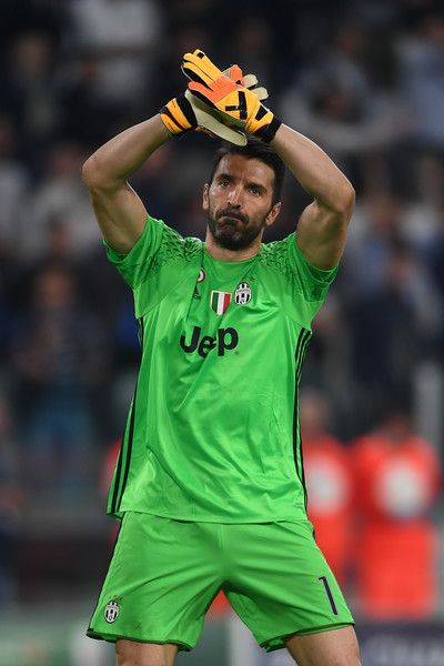 Gianluigi Buffon of Juventus salutes the crowd at the end of the UEFA Champions League Quarter Final first leg match between Juventus and FC Barcelona at Juventus Stadium on April 11, 2017 in Turin, Italy.