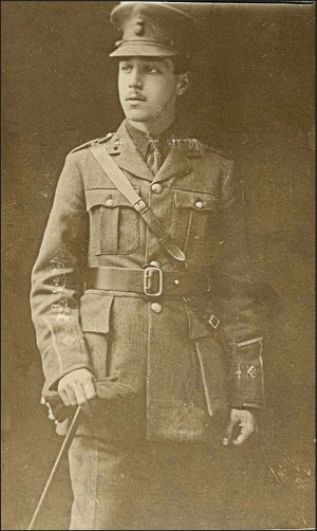 Another unknown RWF Officer possibly from either the 5th or 6th Battalions.