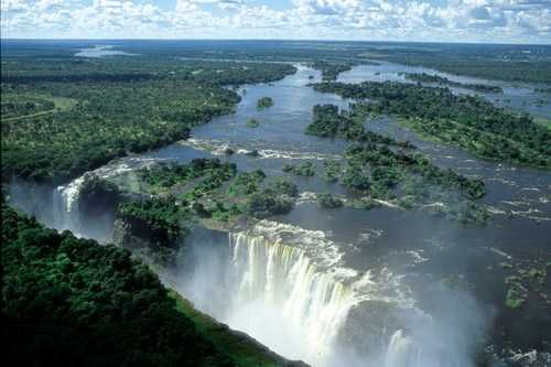 The mighty Victoria Falls, a great addition to any Zambia Safari. Stay in Livingstone, Zambia, or across the River at Victoria Falls town