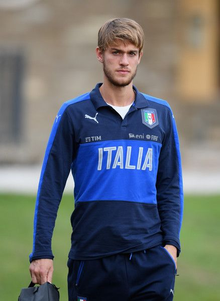 Daniele Rugani of Italy looks on during the training session at the club's training ground  at Coverciano on November 10, 2016 in Florence, Italy.