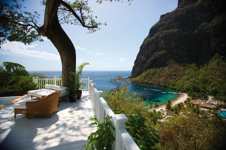 5 Star Sugar Beach Resort, St Lucia. A fantastic luxury all-inclusive 5 star hotel in St lucia with beachfront bungalows & residences, views of the Pitons
