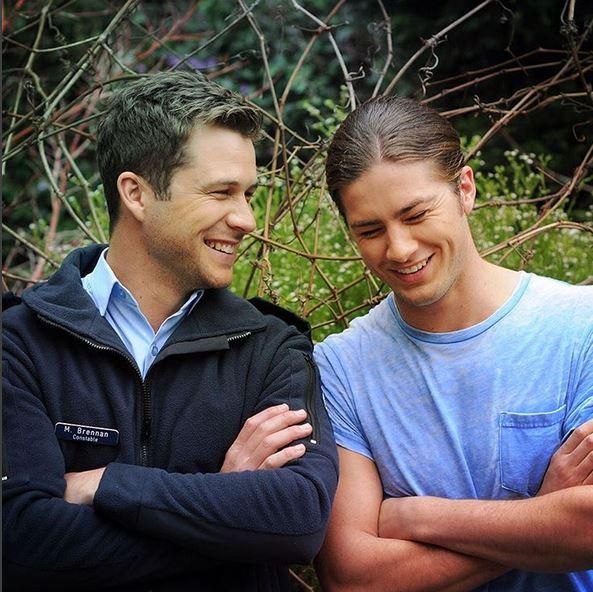 Smile; it's the weekend! #Neighbours