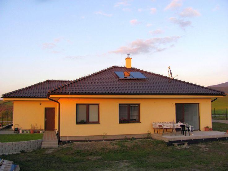 10 najčastejších otázok k poukážkam na OZE THERMO|SOLAR radí: OZE sa vyplatia  V doterajších kolách projektu Zelená domácnostiam, ktoré vyhlásila SIEA (Slovenská inovačná a energetická agentúra) počas dvoch rokov si zákazníci mohli vyberať  zo stoviek registrovaných zhotoviteľov zariadení na využívanie obnoviteľných zdrojov energie (OZE). Vybrať si z obrovskej neprehľadnej ponuky to najvhodnejšie zariadenie a zhotoviteľa nie je pre laika jednoduché.