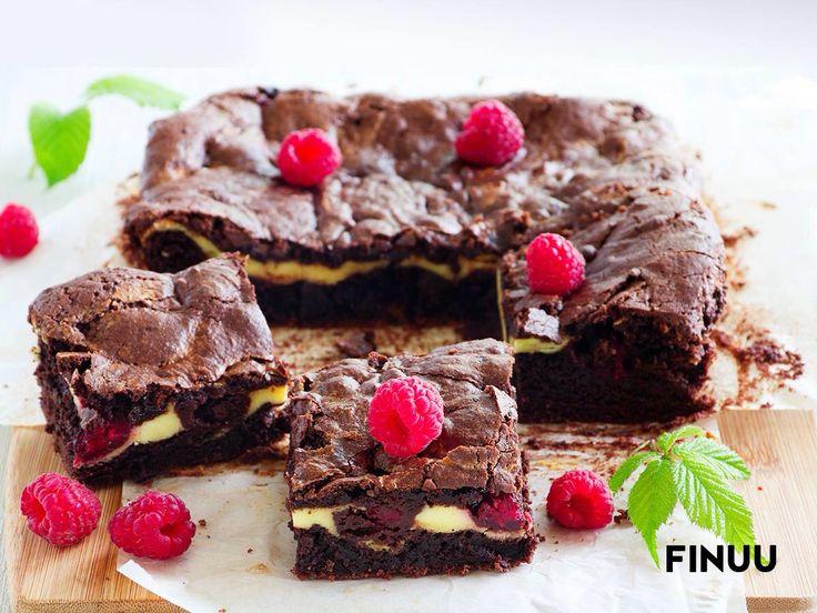 Aksamitny smak Finuu w duecie z gorzką czekoladą to naprawdę smaczne połączenie! Zapach świeżo pieczonego brownie natychmiast rozniesie się po całym domu na skrzydełkach małych fińskich trolli. :) #finuu #ciasto #brownie #tips #porady