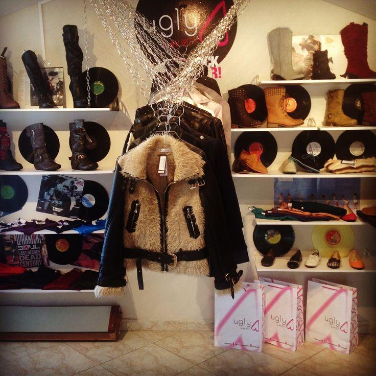 #showroom #ugly #ropa