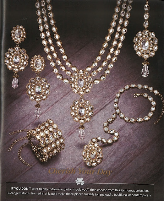 Really liking this kundan set, especially the necklace & earrings.