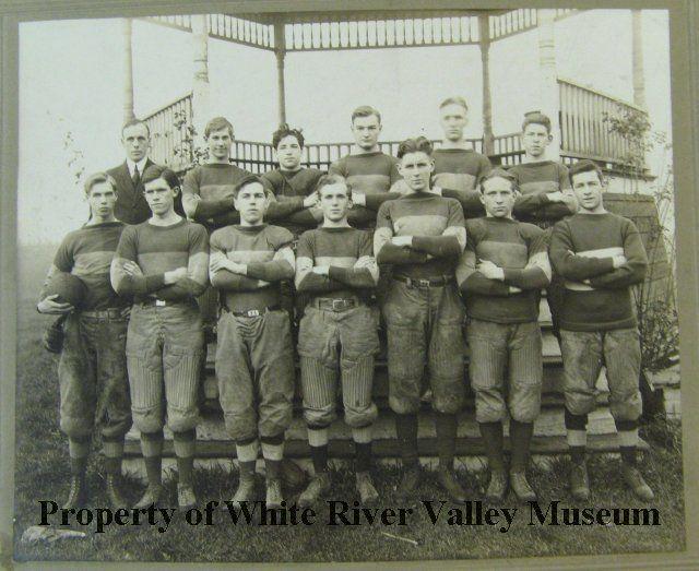 AHS Football Team 1915