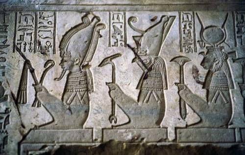 Afbeeldingsresultaat voor Horus en Isis